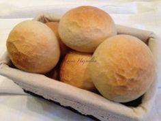 Vágott zsemle | mókuslekvár.hu Pastry Recipes, Bread Recipes, Bread And Pastries, Bread Rolls, Hamburger, Rolls, Pastries Recipes, Buns