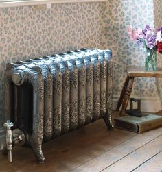 Makes me miss my Phinney home - Cast Iron Radiators Entry Furniture, Cool Furniture, Victorian Radiators, Outdoor Wood Furnace, Steampunk Furniture, Cast Iron Fireplace, Cast Iron Radiators, Old Keys, Radiator Cover