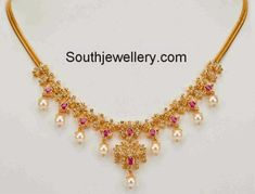 Simple 22 carat gold light weight uncut diamond necklace studded with uncut diamonds, rubies and south sea pearl drops. Light Weight Gold Jewellery, Gold Jewelry Simple, Coral Jewelry, India Jewelry, Temple Jewellery, Bridal Jewelry, Diamond Necklace Simple, Diamond Pendant Necklace, Diamond Necklaces