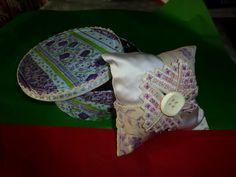 sacchetto porta lavanda fiore ricamato punto hardanger