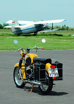 Top Motorbikes, Cars Motorcycles, Classic Cars, Biking, Vehicles, Life, Custom Trucks, Classic