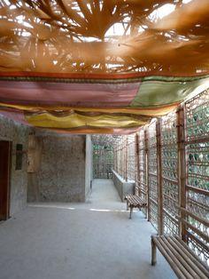 Anna Heringer   Escuela de Formación Profesional  DESI    Rudrapur, Bangladesh   2008