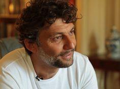 O mais famoso tenor do mundo adverte: não comprem meu CD | Gazeta ...