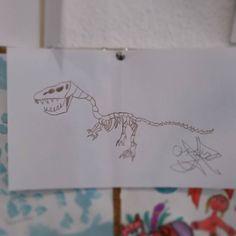 #tiranosauriorex de Oscar #art #arte #artesalamanca #artwork  #cubogalerianiños #children #infantil #sculpture #animals #salamanca #dinosaur…