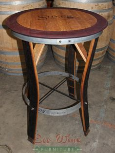 Nice 37 Elegant Diy Wine Barrel Ring Ideas For Amazing Home. Wine Crate Table, Wine Barrel Coffee Table, Whiskey Barrel Furniture, Rustic Coffee Tables, Wine Barrel Crafts, Wine Barrel Rings, Wine Barrels, Barrel Projects, Wood Projects