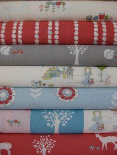 Jay-Cyn Designs Storyboek for Birch Fabrics Field Stroll Main Cream