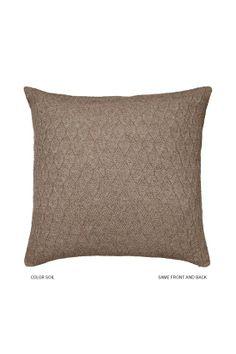 Raul Soil 50x50, 100% babyllama wool pillowcase, 110e