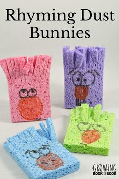 These rhyming dust bunnies puppets make great props to build phonological awareness. It's a super easy and fun rhyming activity.