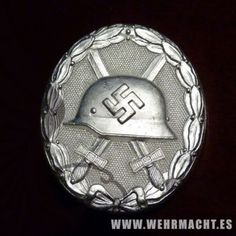 1939 WWII Wound Badge in Silver