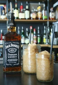 Jack and Coke Slushies in Mason Jars - need this for my man around 12ish before the ceremony!
