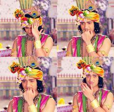 Krishna is thinking something 😄 Radha Krishna Pictures, Radha Krishna Photo, Krishna Photos, Krishna Art, Lord Krishna, Jai Shree Krishna, Radhe Krishna, Cute Krishna, Radha Krishna Wallpaper