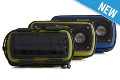 El altavoz Solar Rock Out 2 satisface las demandas de los más quisquillosos, audiófilo más aventureros. Con su cámara de DarkBass ™, con un solo toque Bluetooth y potente panel solar, un altavoz Rock Out 2 Solar en la mochila asegura una larga duración caminata musical.    Aventura Ready Construido con una cubierta exterior resistente a la intemperie para resistir toda la madre naturaleza puede lanzar. Un amplio bolsillo, tela forrado mantiene su equipo seguro en el interior; el amortiguador…