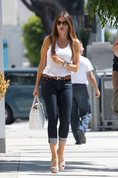 sofia vergara outfits best outfits - Page 5 of 100 - Celebrity Style and Fashion Trends Jean Outfits, Cool Outfits, Casual Outfits, Summer Outfits, Cardigan Outfits, Casual Jeans, Celebrity Style Casual, Celebrity Outfits, Celebrity Babies
