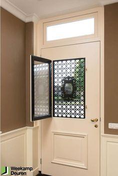 Afbeeldingsresultaat voor voordeur in twee delen - Lilly is Love Main Entrance Door Design, Door Gate Design, Entrance Doors, Iron Front Door, Iron Doors, Half Doors, Windows And Doors, Hall Tiles, Steel Security Doors