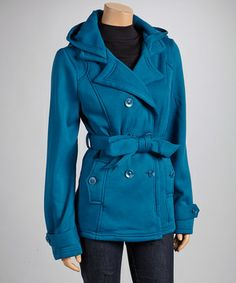 Keeping cozy and staying stylish are easier than ever in this coat! Soft fleece provides comfort and insulation while a notched collar adds a tailored look.