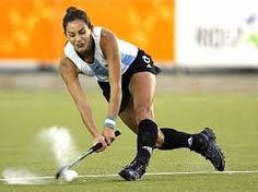 Luciana Aimar (hockey cesped).Capitana y la Messi del Hockey