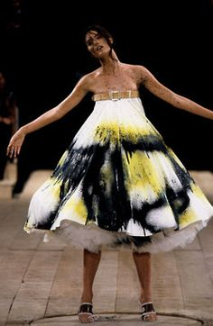 Shalom Harlow at Alexander McQueen S/S 1999, No. 13 my fave fashion show.