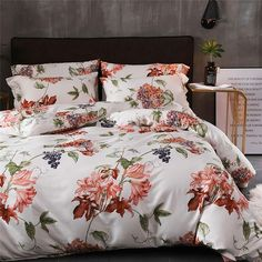 This lily bedding set has plants and flowers pattern, and it's anti-allergy, anti-dust mite. Watercolor Bedding, Beautiful Bedding Sets, Bedroom Design Inspiration, Design A Space, Bedclothes, Luxury Homes Dream Houses, Luxury Bedding Collections, Dust Mites, Linen Bedding