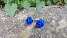 Orecchini In Fimo / Rosa Blu di 110Gradi su Etsy