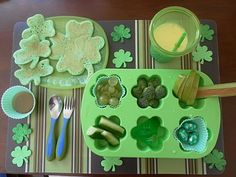 St. Patrick's Day Lunch with Green Shamrock Pancakes!