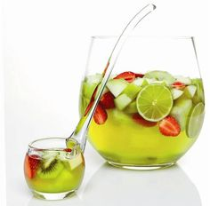 Midori punch recipe | 500mL Midori, 750mL white wine (sparkling optional), 1L pineapple juice, 2c chopped fresh fruit, ice. Add all ingredients into a punch bowl & serve!