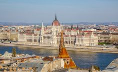 Sehenswürdigkeiten Budapest Ausblick aufs Parlament