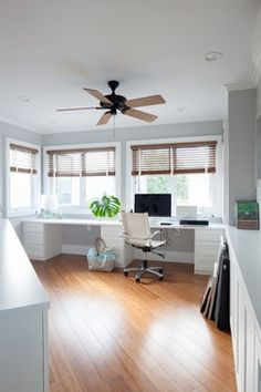 Clean, fresh, open home office