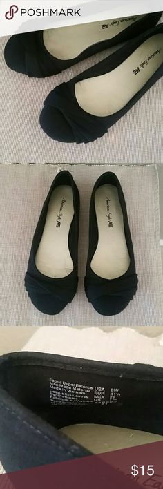 American eagle black wide flats size 9 American eagle flats, wide, black, size 9W, preowned American Eagle Outfitters Shoes Flats & Loafers