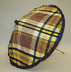 1925 Plaid Parasol, American, made of cotton and bamboo