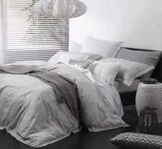 Logan and Mason Ashara Alabaster Paisley King Size Bed DOONA Quilt Cover Set New | eBay