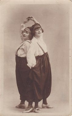Pauline Cuerton as Voilet Golding with her friend Liv