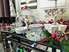Tjmaxx Marshalls Homegoods Challenge Tablescape {Collab}:  Christmas Dessert Bar via Bemyguestwithdenise Denise Cooper