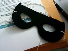 Finished mask by Jason Alderman, via Flickr