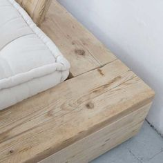 Katrin Arens bedframe detail of reclaimed wood bed
