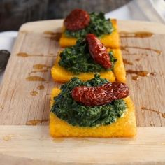 Polenta with spinach and dried tomato recipe