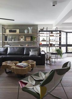 That coffee table, I waaaaaant! Morumbi Apartment by Julliana Camargo | HomeAdore
