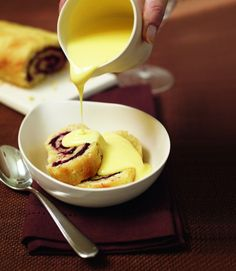 Blackberry & apple roly-poly pudding