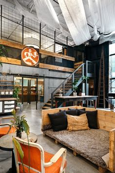 A Tour of Impact Hub Austin - Monroe Street - Officelovin'