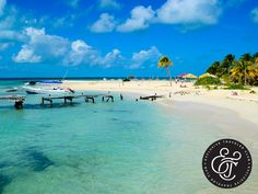 EXCLUSIVE TRAVELER CLUB. Frente a las costas de Cancún se encuentra Isla Mujeres, un lugar de entorno tropical donde podrá experimentar el nado con delfines, visitar granjas de tortugas, practicar deportes acuáticos y un sinfín de actividades para tener unas vacaciones inolvidables. En Exclusive Traveler Club, ponemos a su disposición nuestros Home Resorts en el Caribe mexicano, para que salga a descubrir todos sus atractivos. Si desea más información, le invitamos a visitar nuestra página…