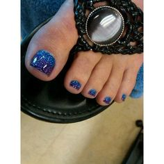 Blue sparkle pedicure , nail art show nail art, glitter toes Pedicure Designs, Manicure Y Pedicure, Toe Nail Designs, Fall Pedicure, Purple Pedicure, Pedicure Ideas, Mani Pedi, Blue Toe Nails, Feet Nails