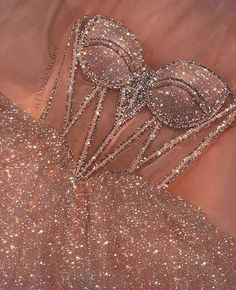 Pretty Prom Dresses, Glam Dresses, Elegant Dresses, Homecoming Dresses, Cute Dresses, Beautiful Dresses, Fashion Dresses, Wedding Dresses, 80s Fashion