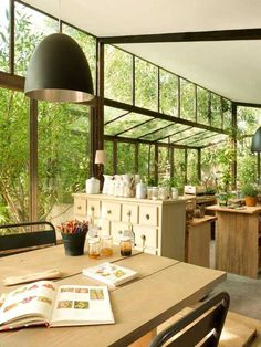 Decorating a Chalet Style Home | Lovely French Country Home Interiors and Outdoor Rooms with Rustic ...