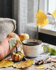 Spiced Coffee, Coffee Milk, Coffee And Books, Coffee Cafe, Coffee Shop, Coffee Lovers, Coffee World, Coffee Is Life, I Love Coffee