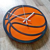 """Для дома и интерьера ручной работы. Ярмарка Мастеров - ручная работа Настенные часы """"Баскетбольный мяч №2"""". Handmade."""