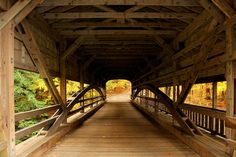Free Image on Pixabay - Bridge, Covered Bridge, Forest Free Pictures, Free Images, Chinese Bridge, Forest View, Covered Bridges, Fall Photos, Public Domain, High Quality Images, Free Stock Photos