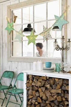 Love the wood storage under a table – would be great for the future cabin. Love the wood storage under a table – would be great for the future cabin. Diy Storage Table, Diy Table, Wood Storage, Christmas Deco, Winter Christmas, Wood Crafts, Christmas Crafts, Christmas Photos, Craft Room Tables