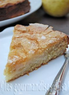 Les gourmandises d'Isa: GÂTEAU AUX POIRES ET AU YOGOURT - utiliser un mélange de farine sans gluten