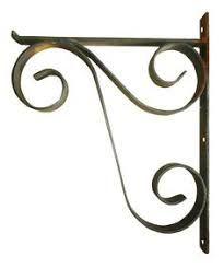 Wrought Iron Decor, Wrought Iron Gates, House Plants Decor, Plant Decor, Metal Furniture, Home Decor Furniture, Metal Shelf Brackets, Metal Plant Stand, Steel Art