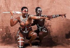 Top traditions and Cultures of the world most mysterious people. Sexy Black Art, Black Love Art, Black Girl Art, Black Girl Magic, Beautiful African Women, African Beauty, Beautiful Black Women, Pintura Tribal, African Tribal Makeup