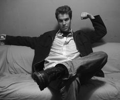 Anthony Jeselnik - My favorite comedian. Anthony Jeselnik, He's Beautiful, Beautiful Things, Thanks For The Memories, Black Orchid, Androgyny, Funny People, Comedians, Role Models